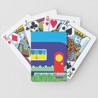 Regalos frescos lindos del campista contento baraja de cartas