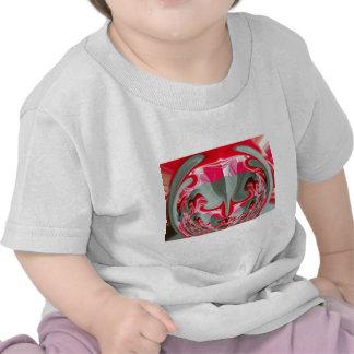 Regalos frescos redondos rojos de Hakuna Matata de Camisetas