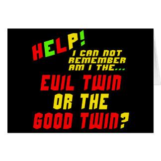 Regalos gemelos malvados divertidos de las camiset tarjeton