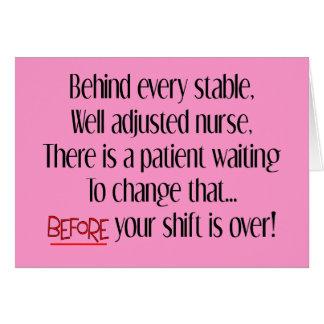 "Regalos hilarantes de la enfermera ""detrás de cada tarjeton"