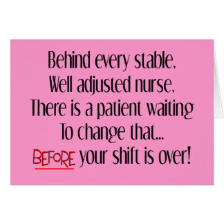 """Regalos hilarantes de la enfermera """"detrás de cada tarjeta de felicitación"""