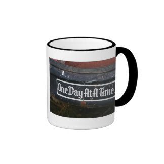 Regalos inspirados de las citas de los coffeecups taza de dos colores