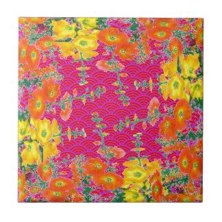 Regalos naranja-amarillos del estampado de flores azulejo cuadrado pequeño