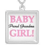 Regalos orgullosos de la niña de la abuela collar personalizado