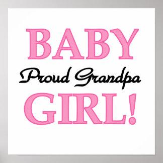Regalos orgullosos de la niña del abuelo póster