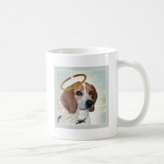 Regalos perfectos del ángel del beagle taza clásica