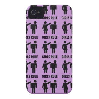 Regalos púrpuras de la feminista del poder del iPhone 4 funda