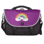 Regalos púrpuras del unicornio del arco iris bolsas para portátil