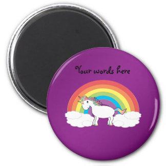 Regalos púrpuras del unicornio del arco iris imán redondo 5 cm