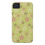 Regalos rosados y verdes del estampado de plores b Case-Mate iPhone 4 cárcasas