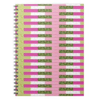 Regalos verdes rosados bonitos del diseño del edre libros de apuntes