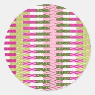 Regalos verdes rosados bonitos del diseño del pegatina redonda