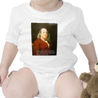 Regalos y tarjetas de la cita de Ben Franklin (cuá Camiseta