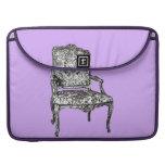 Regency chair in lilac sleeves for MacBook pro
