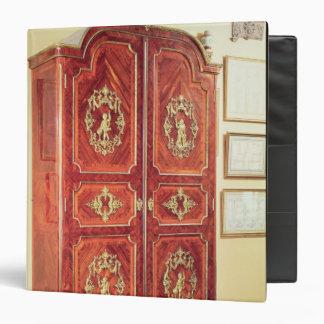 Regency style wardrobe, 1725-30 binder