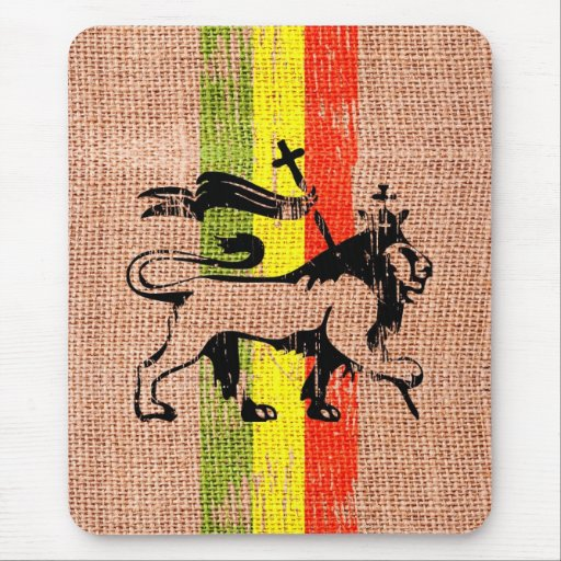 Reggae king lion mouse pad