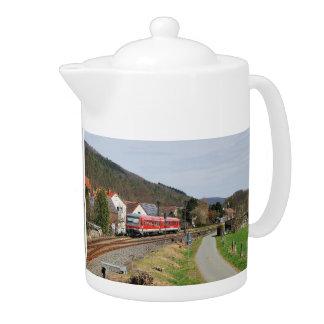 Regional course to Marburg in Buchenau Teapot