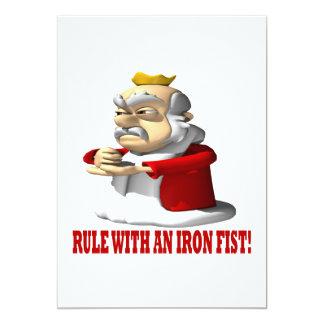 """Regla con un Iron Fist Invitación 5"""" X 7"""""""