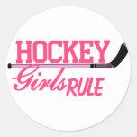 Regla de los chicas del hockey pegatina redonda
