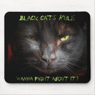 Regla de los gatos negros alfombrilla de raton