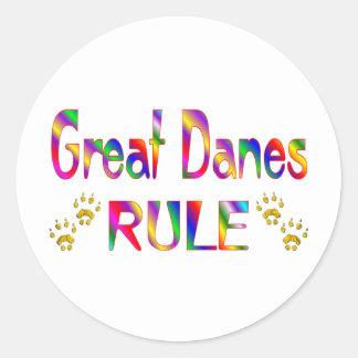 Regla de los grandes daneses etiqueta redonda