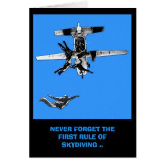 Regla divertida, primera de cumpleaños skydiving tarjeta de felicitación
