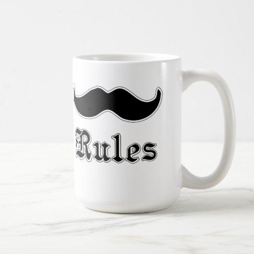 Reglas de los bigotes taza básica blanca