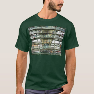 Reichstag / Bundestag,Outside Look In, Berlin(r15p T-Shirt