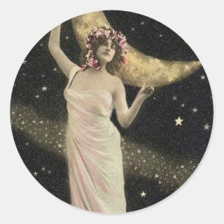 Reina celestial del drama pegatina redonda