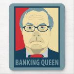 Reina de las actividades bancarias de Anti-Barney Alfombrilla De Ratón