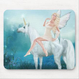 Reina de unicornios mousepad