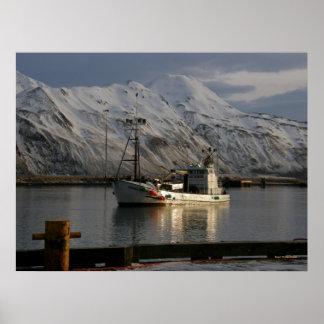 Reina de Viking, barco del cangrejo en el puerto h Póster