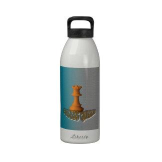 Reina del ajedrez botella de agua reutilizable