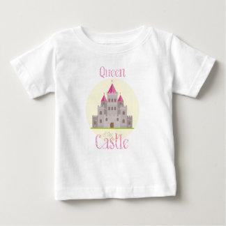 Reina del castillo playera de bebé