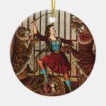 Reina del león de la CAMISETA Ornaments Para Arbol De Navidad