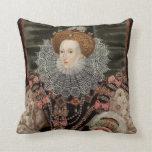 Reina Elizabeth la 1ra almohada