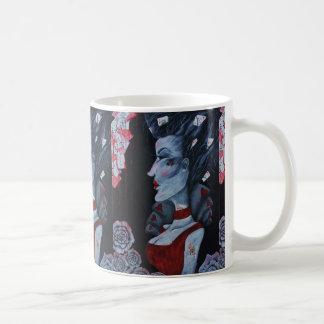 Reina roja del arte de la fantasía del país de las taza clásica