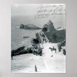Reina Victoria en la costa francesa Póster