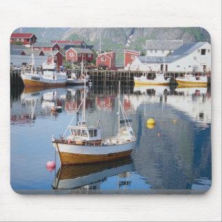 Reine fishing village, Lofoten, Norway Mouse Pad