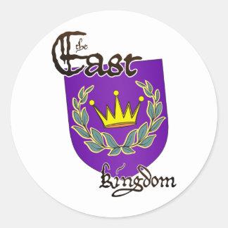 Reino del este con el pegatina del texto
