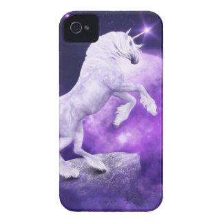 Reino encantado noche mágica del unicornio carcasa para iPhone 4 de Case-Mate