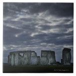 Reino Unido, Stonehenge, visión escénica en el ama Azulejo Cuadrado Grande