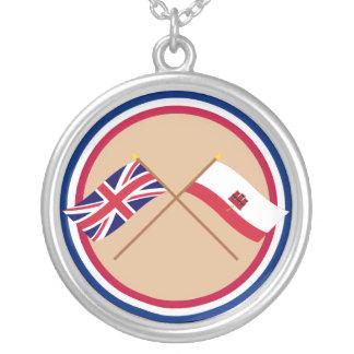 Reino Unido y banderas cruzadas Gibraltar Colgante Redondo