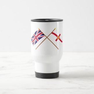 Reino Unido y banderas cruzadas Guernesey Tazas