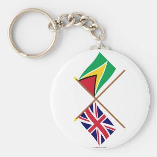 Reino Unido y banderas cruzadas Guyana Llavero Redondo Tipo Pin