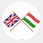 Reino Unido y banderas cruzadas Hungría Pegatina Redonda
