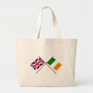 Reino Unido y banderas cruzadas Irlanda Bolsas