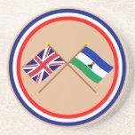 Reino Unido y banderas cruzadas Lesotho Posavasos Para Bebidas