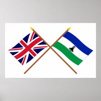 Reino Unido y banderas cruzadas Lesotho Póster