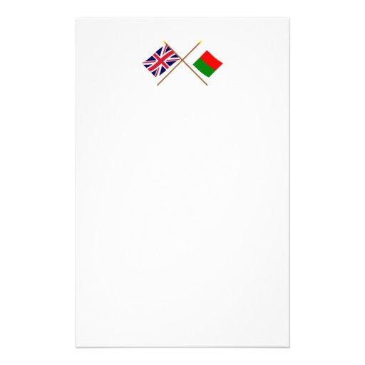 Reino Unido y banderas cruzadas Madagascar Papeleria De Diseño